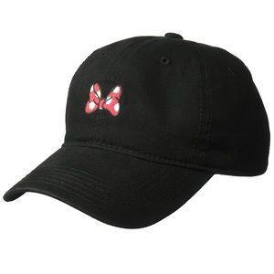 Women Minnie Mouse hat.